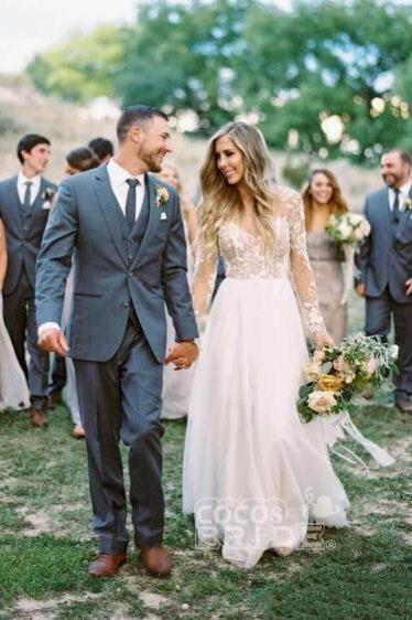 Chic A-line Long Sleeve Lace Backless Country Wedding Dress_2