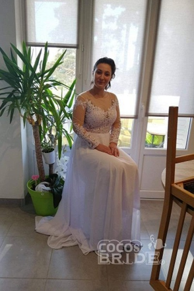 Modest Long Sleeves Lace A-Line Ruffles Wedding Dresses_2