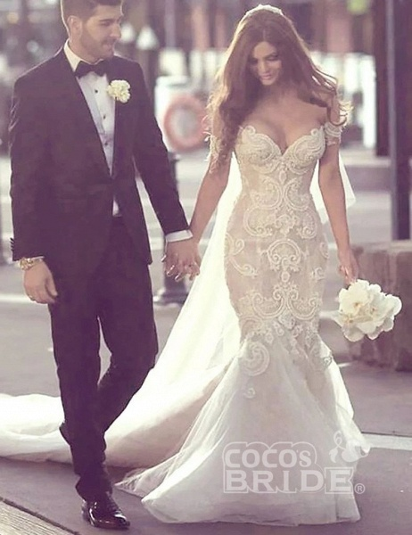 Charming Mermaid Style Off-the-Shoulder Sweep Train Lace Wedding Dress_4