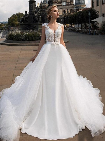 Romantic V Neck Lace Appliques Covered Button A-Line Wedding Dresses_1