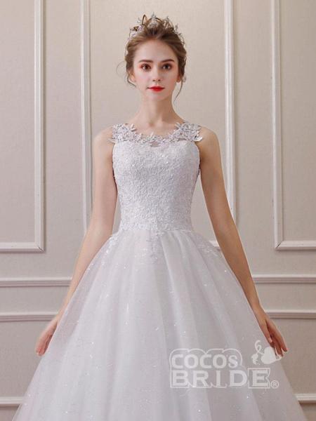 Elegant Sleeveless Lace Ball Gown Wedding Dresses_3