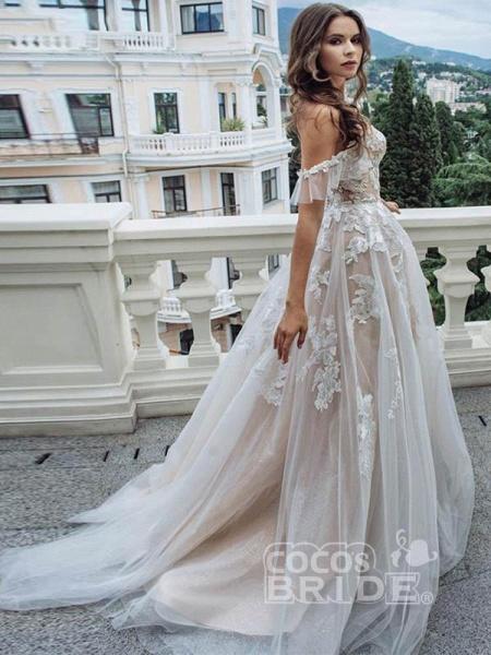 Off-the-Shoulder Lace Tulle A-Line Wedding Dresses_3