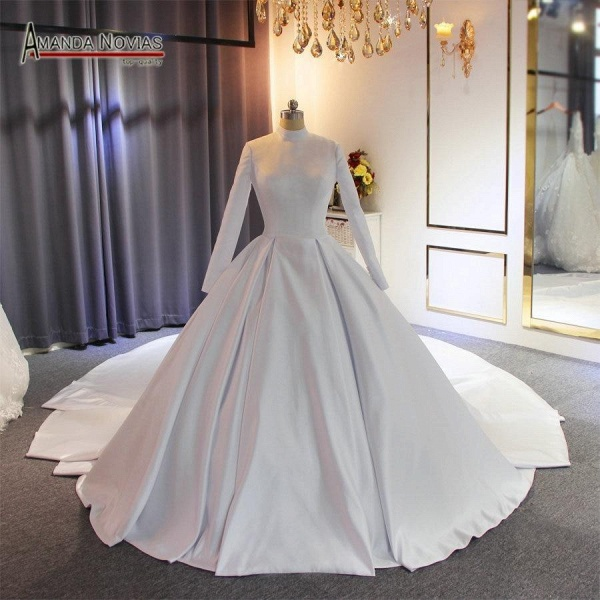 Elegant High Neckline Satin Wedding Dresses with Long Train_1