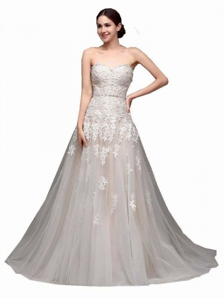 Gorgeous Swetheart Sleeveless Tulle Wedding Dresses