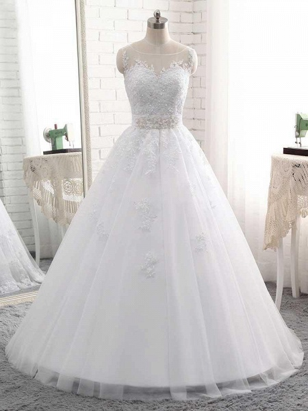 Elegant Lace-Up Ball Gown Wedding Dresses_1