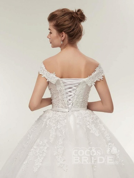 Off-the-Shoulder Lace-Up Ball Gown Wedding Dresses_6