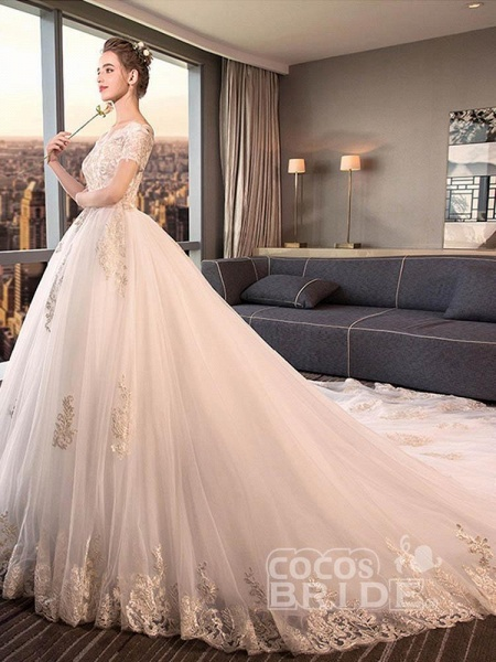 Elegant Off-the-Shoulder Lace Ball Gown Wedding Dresses_4