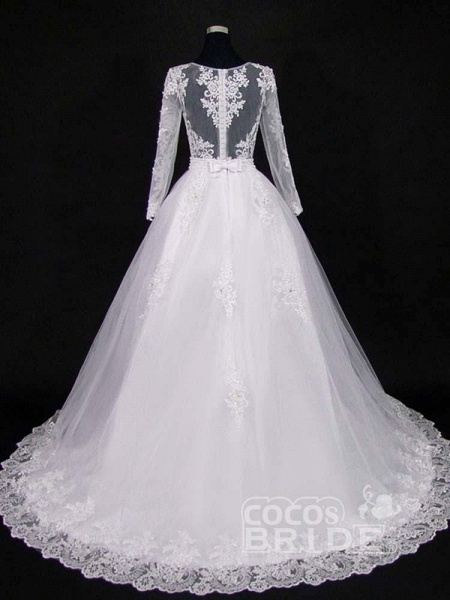 Lace Appliques Pearls Long Sleeves Wedding Dresses_2