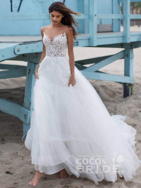 Elegant Lace Covered Button Ball Gown Wedding Dresses_2
