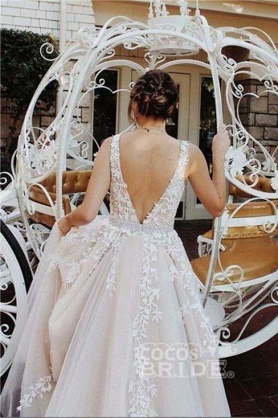 A-line V Neck Sexy Lace Appliques Long Wedding Dress_3