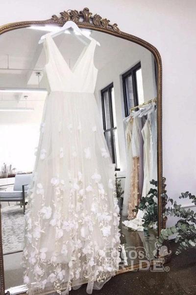 A Line V Neck Floor Length Ivory Sleeveless Wedding Dress_3