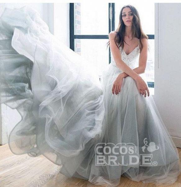 Spaghetti Strap Beach V Neck Tulle Long Wedding Dress_4