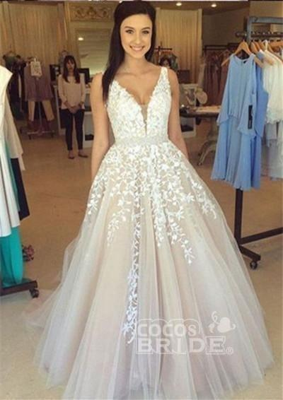 Custom-made Lace Appliques Tulle Long Wedding Dress_3