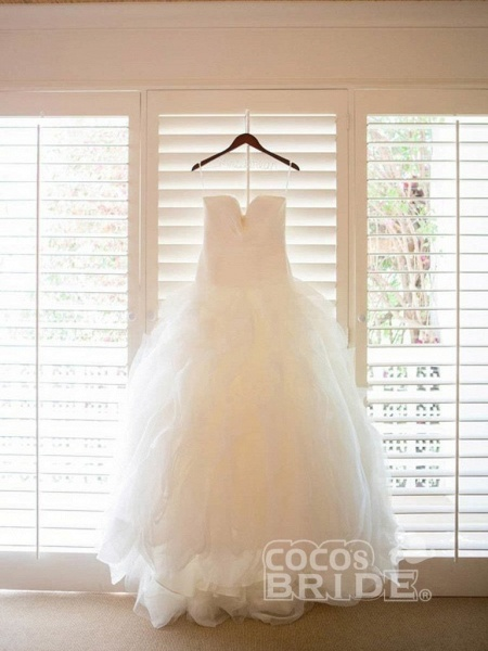 Ivory Sweetheart Long Tulle With Ruffles Beach Wedding Dress_3