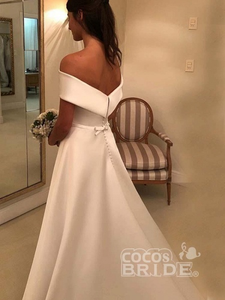 Amazing Covered Button A-line Satin Wedding Dresses_2