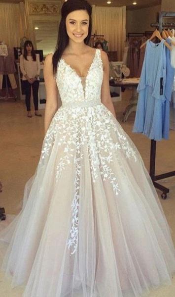 Elegant Appliques V-neck Tulle A-line Wedding Dress_1