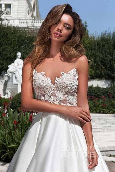 Lace Appliques Pockets A-line Satin Wedding Dress_3
