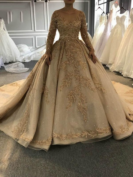 Long Sleeves O-Neck Ball Gown Wedding Dresses with Long Train_1