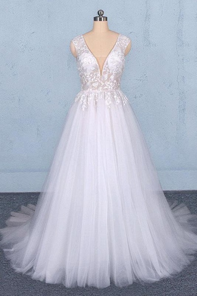 Sexy V Neck Tulle with Lace Appliques A Line Backless Wedding Dress_1