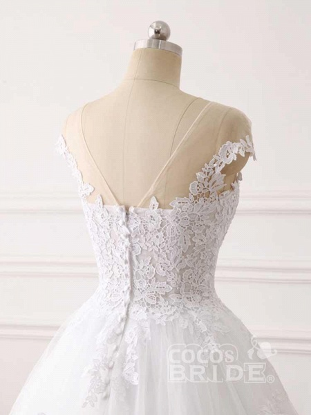 Lace Appliques Ball Gown Wedding Dresses_6
