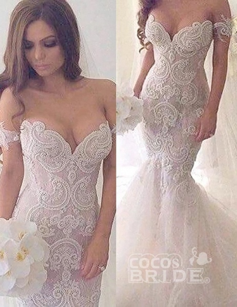 Charming Mermaid Style Off-the-Shoulder Sweep Train Lace Wedding Dress_5