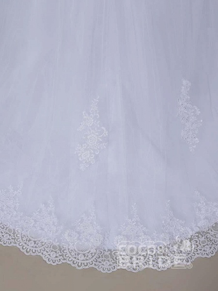 Modest Lace Covered Button Ball Gown Wedding Dresses_6
