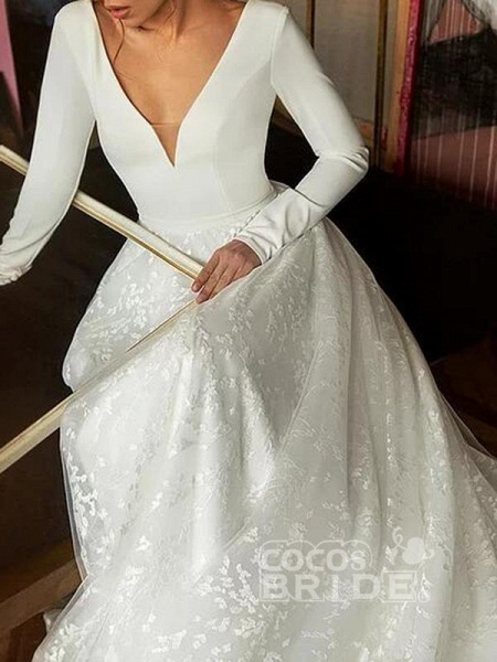 Elegant V-Neck Covered Button A-Line Wedding Dresses with Long Sleeves_2