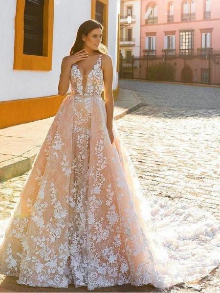 Spaghetti Strap Covered Button Wedding Dress with Detachable Train_1
