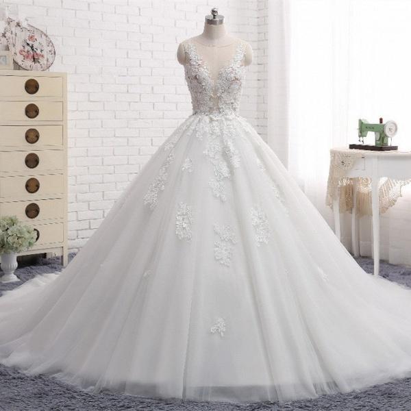 Elegant Long Princess Tulle Court Train Wedding Dress with Appliques Lace_6
