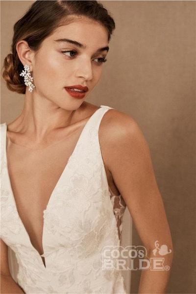 SD0224 Straps V-neck Lace Tulle Boho Mermaid Wedding Dress_4