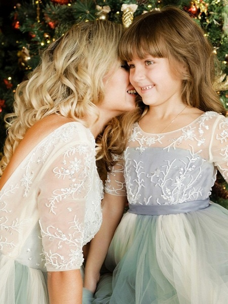 Princess / A-Line Floor Length Wedding / Party Flower Girl Dresses - Lace / Tulle Half Sleeve Jewel Neck With Bows / Paillette_2