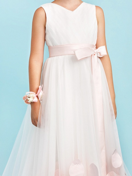 Princess / A-Line V Neck Sweep / Brush Train Satin / Tulle Junior Bridesmaid Dress With Sashes / Ribbons / Bow(S) / Wedding Party_8