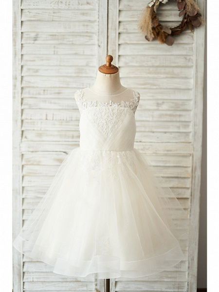 Ball Gown Knee Length Wedding / Birthday Flower Girl Dresses - Lace / Tulle Sleeveless Jewel Neck With Buttons / Appliques_1