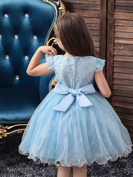 Princess / Ball Gown Knee Length Wedding / Party Flower Girl Dresses - Tulle Cap Sleeve Jewel Neck With Bow(S) / Embroidery_3