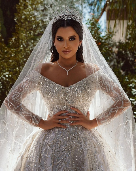 Luxurious Sequins Long Sleeve Satin Ball Gown Wedding Dress_7