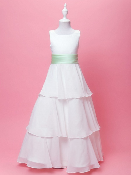 Princess / A-Line Floor Length Wedding / First Communion Chiffon / Satin Sleeveless Scoop Neck With Sash / Ribbon / Bow(S) / Draping / Spring / Fall / Winter_1