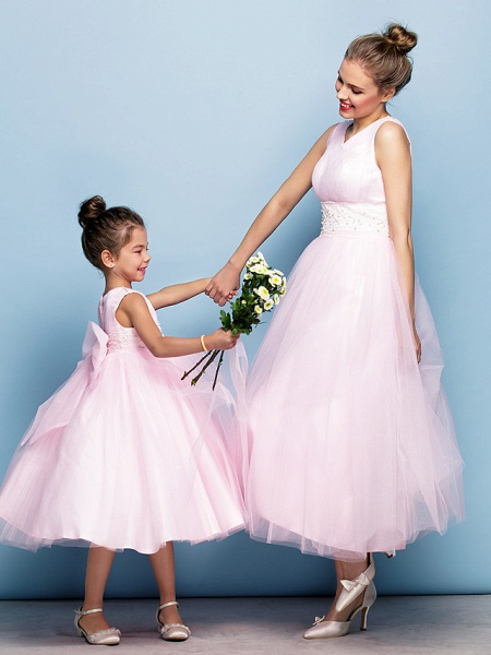 Ball Gown Tea Length Party / Holiday / Cocktail Party Flower Girl Dresses - Tulle Sleeveless V Neck With Criss Cross / Pearls / Beading / Formal Evening / Mini Me_1