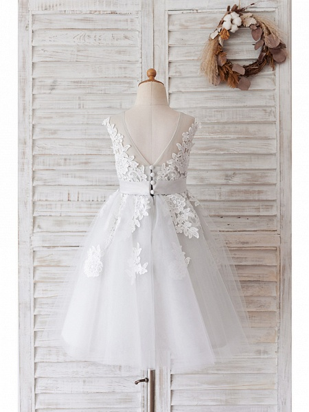 Ball Gown Knee Length Wedding / Birthday Flower Girl Dresses - Lace / Tulle Sleeveless Jewel Neck With Belt / Buttons_6