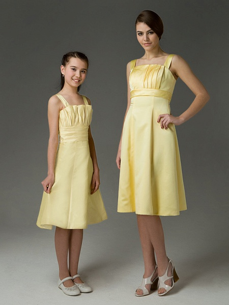 Princess / A-Line Straps Knee Length Taffeta Junior Bridesmaid Dress With Ruched / Crystals / Spring / Summer / Fall / Apple / Hourglass_4