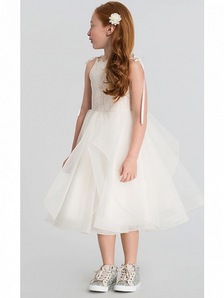 A-Line Tea Length Wedding Flower Girl Dresses - Lace / Satin / Tulle Sleeveless Scalloped Neckline With Tier / Solid_6
