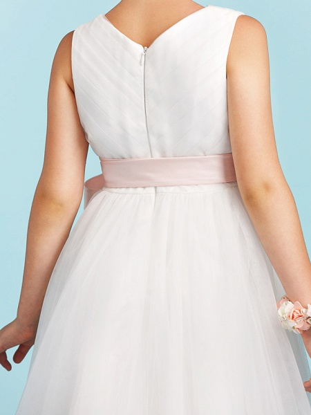 Princess / A-Line V Neck Sweep / Brush Train Satin / Tulle Junior Bridesmaid Dress With Sashes / Ribbons / Bow(S) / Wedding Party_9