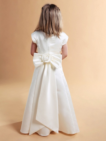 Princess / A-Line Floor Length First Communion / Wedding Party Satin Short Sleeve Jewel Neck With Sash / Ribbon / Bow(S) / Spring / Summer / Fall / Winter_3