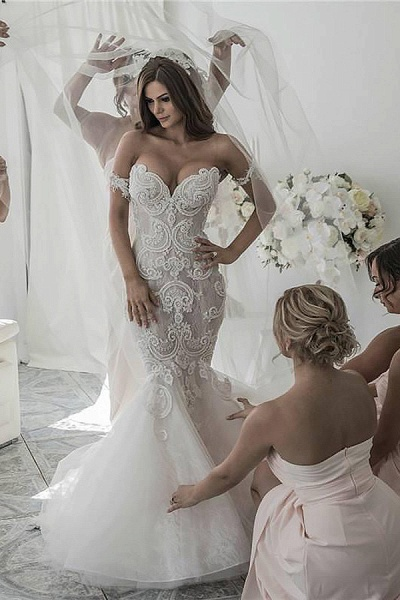 SD2081 Mermaid Style Chapel Train Off-the-Shoulder Tulle Wedding Dresses