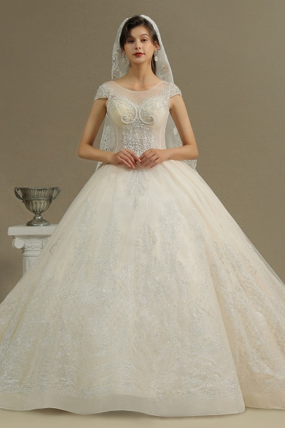 CPH223 Cap Sleeve Aline Cathedral Tulle Lace Appliques Garden Luxury Wedding Dresses