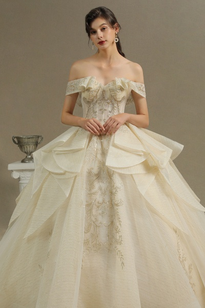 CPH243 Gorgeous Off-the-Shoulder Floral Appliques Ball Gown Ivory Luxury Wedding Dresses_4