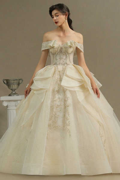 CPH243 Gorgeous Off-the-Shoulder Floral Appliques Ball Gown Ivory Luxury Wedding Dresses_3