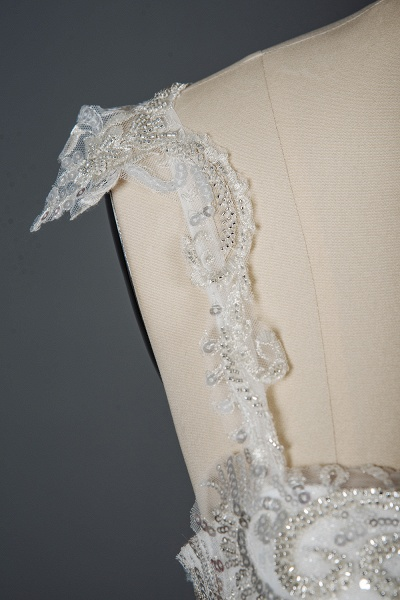 CPH249 Straps Sequins Sweetheart Pleated Ball Gown Wedding Dress_5