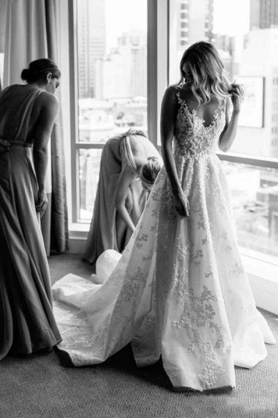 BC5663 Straps V-neck Floral Beads A-line Wedding Dress_3