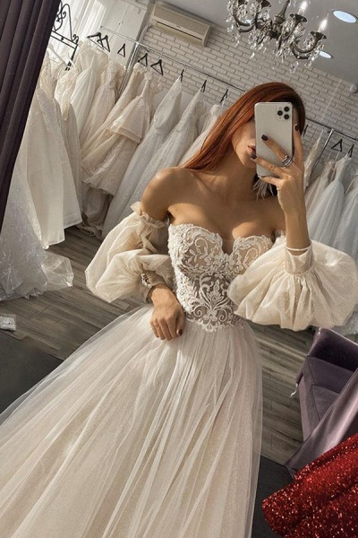 BC5736 Off The Shoulder Long Sleeve Appliques Tulle A-line Wedding Dress_1