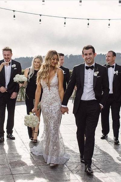 BC5801 Mermaid Spaghetti Straps Lace V-neck Jewel Wedding Dress_1